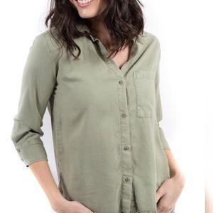 NWOT Bella Dahl blouse